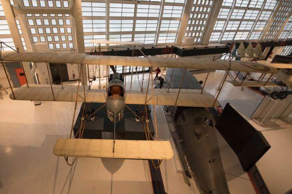 ALLESTIMENTO--Musée-de-l'Air-et-de-l'Espace-Le-Bourget-Paris-UFFICIALI-15