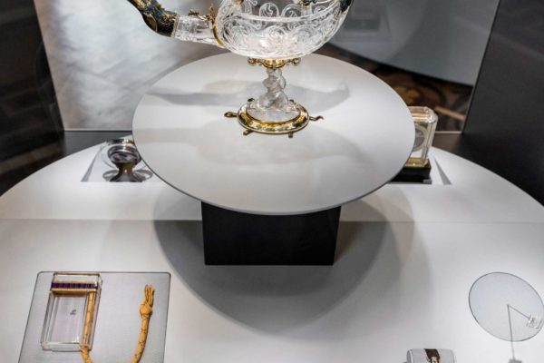 ALLESTIMENTO-MOSTRA-CARTIER-HERMITAGE-2021-IMG051-